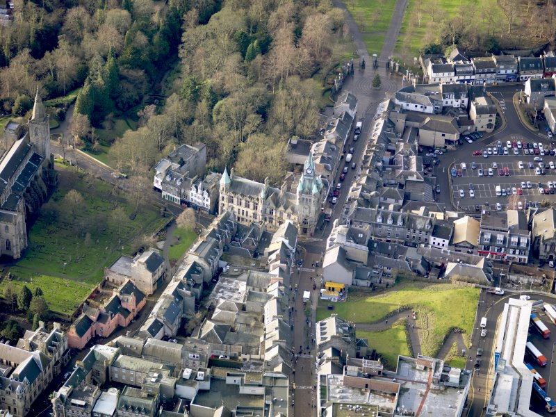 Oblique aerial view of Dunfermline Town Hall, taken from the E.