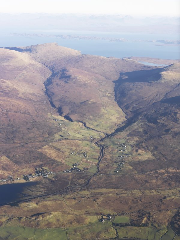 General oblique aerial view of Glen Haultin, the south end of Kensalyre and the head of Loch Snizort Beag, Skye, taken from the W.