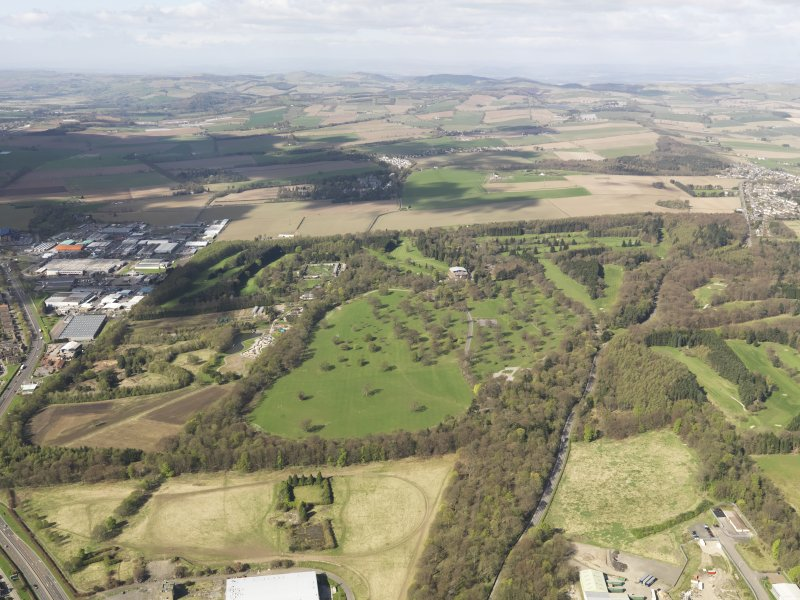 General oblique aerial view of Camperdown Golf Course with the Carse of Gowrie in the distance, taken from the E.
