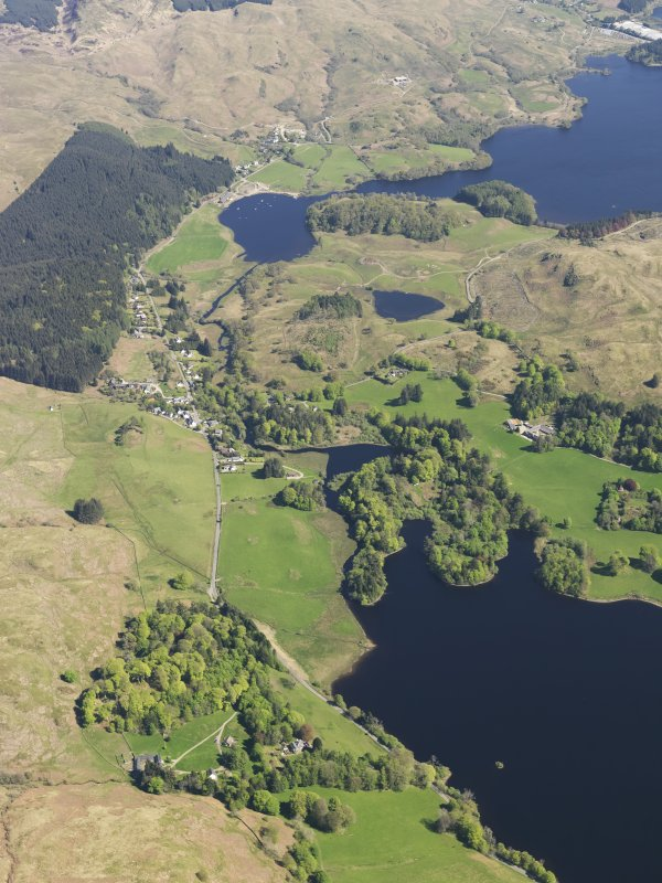 General oblique aerial view of Ford with Loch Ederline adjacent, taken from the SW.
