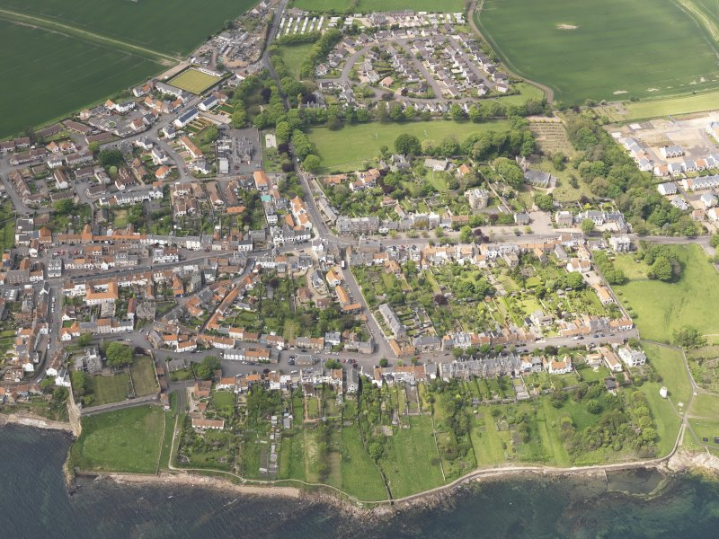 Oblique aerial view of Crail, taken from the SE.