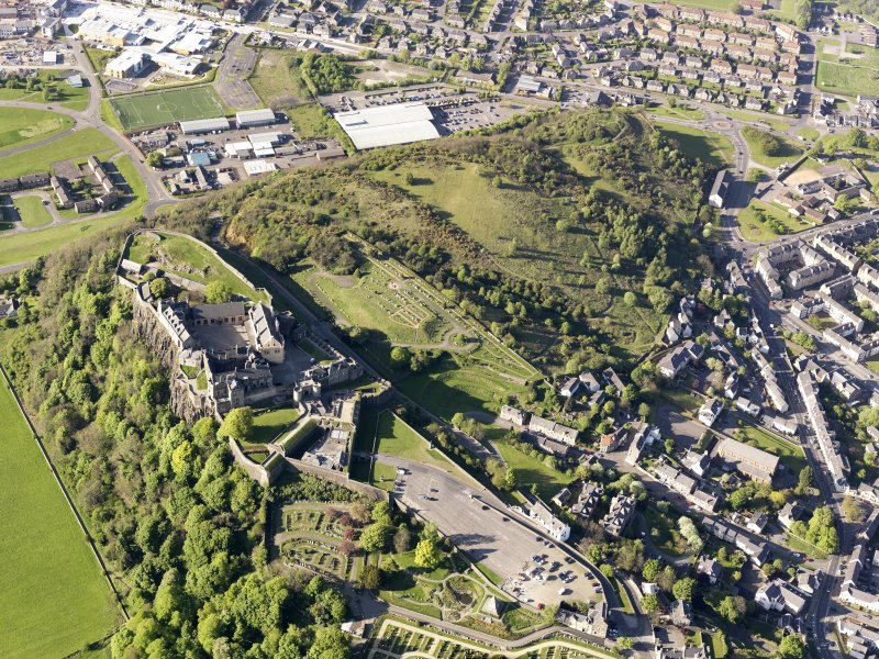 General oblique aerial view of Stirling Castle, taken from the S.