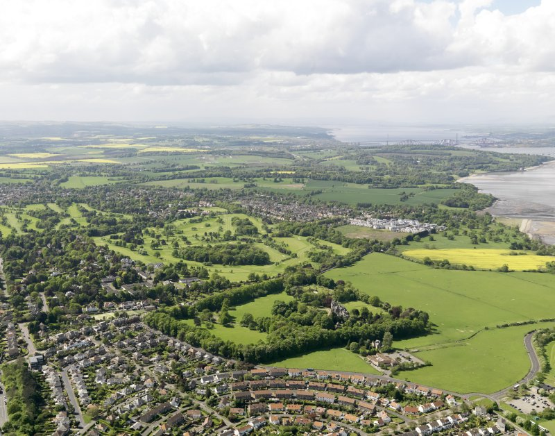 General oblique aerial view of Cramond centred on Bruntsfield Golf Course, taken from the E.