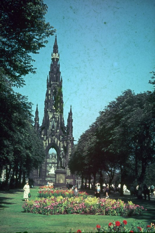 Scott Monument. Princes Street Gradens Edinburgh. Populated view looking East.