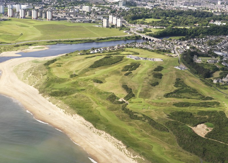 General oblique aerial view of Royal Aberdeen Golf Course, taken from the NE.