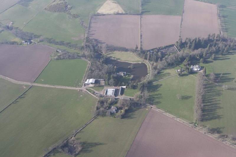 Oblique aerial view centred on Ecclesmagirdle House, looking NNW.