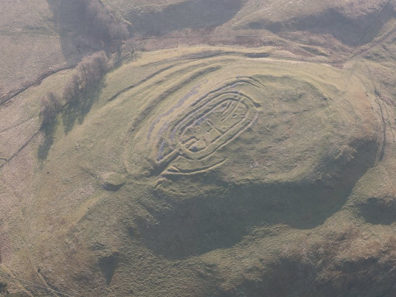 Oblique aerial view of Castle Law fort, looking WSW.