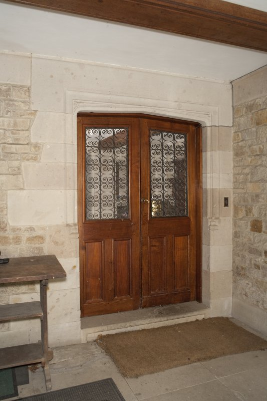 Interior. Ground floor, entrance porch, view of front door