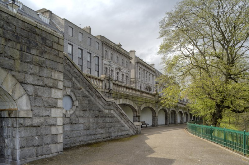 View of steps to Union Terrace and arcaded pavement undercroft, taken from the east.