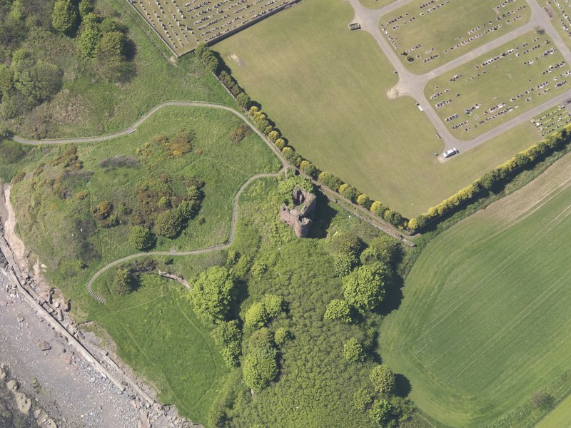 Oblique aerial view of Macduff Castle, taken from the E.