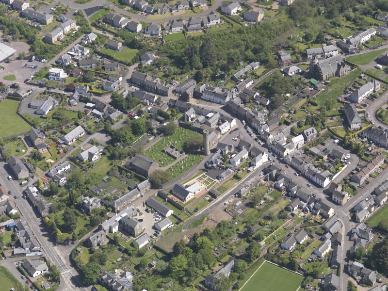 General oblique aerial view of Abernethy centred on the Kirk of St Bride, taken from the W.