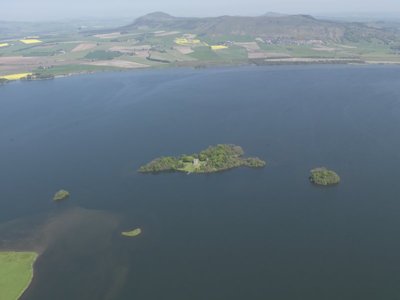 General oblique aerial view of Loch Leven centred on Loch Leven Castle Island, taken from the W.