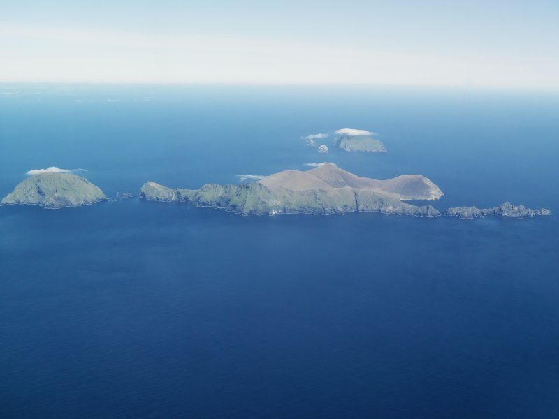 General oblique aerial view of St Kilda, taken from the SW.