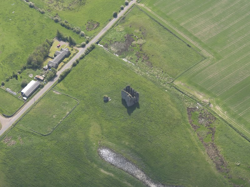 Oblique aerial view of Lordscairnie Castle, taken from the NW.