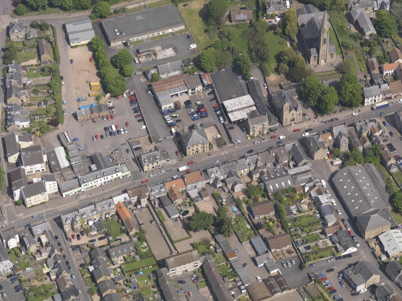 General oblique aerial view of the Bonnygate area of Cupar centred on Preston Lodge, taken from the SSW.