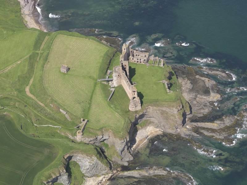 Oblique aerial view of Tantallon Castle, taken from the SE.