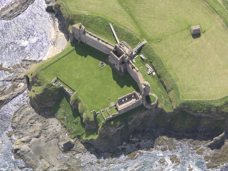 Oblique aerial view of Tantallon Castle, taken from the NNW.