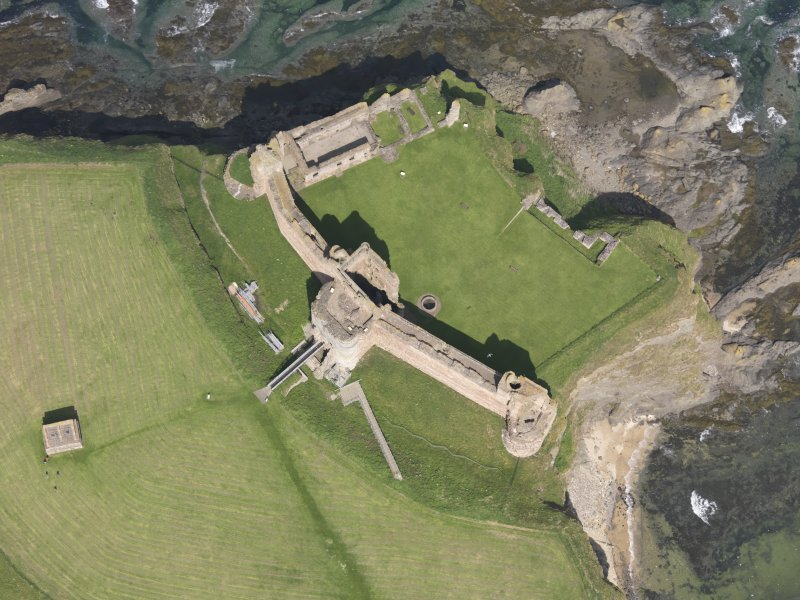 Oblique aerial view of Tantallon Castle, taken from the S.