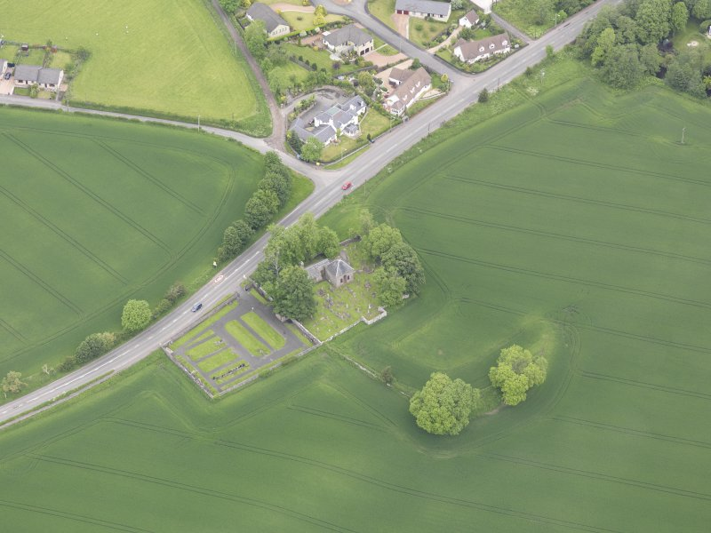 Oblique aerial view of Aberuthven Church, taken from the S.