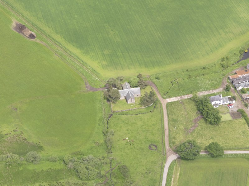 Oblique aerial view of Tullibardine Chapel, taken from the S.