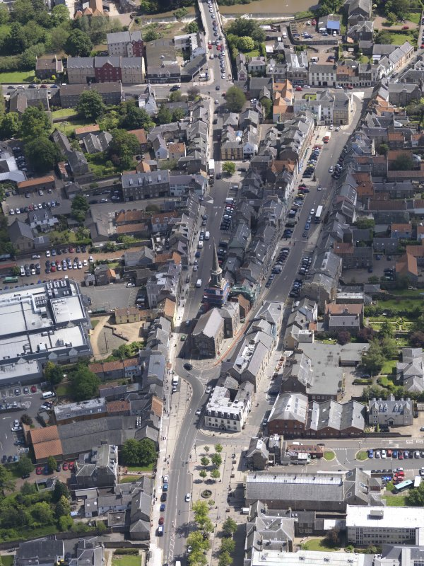 General oblique aerial view of Haddington High Street centred on theTown House, taken from the W.