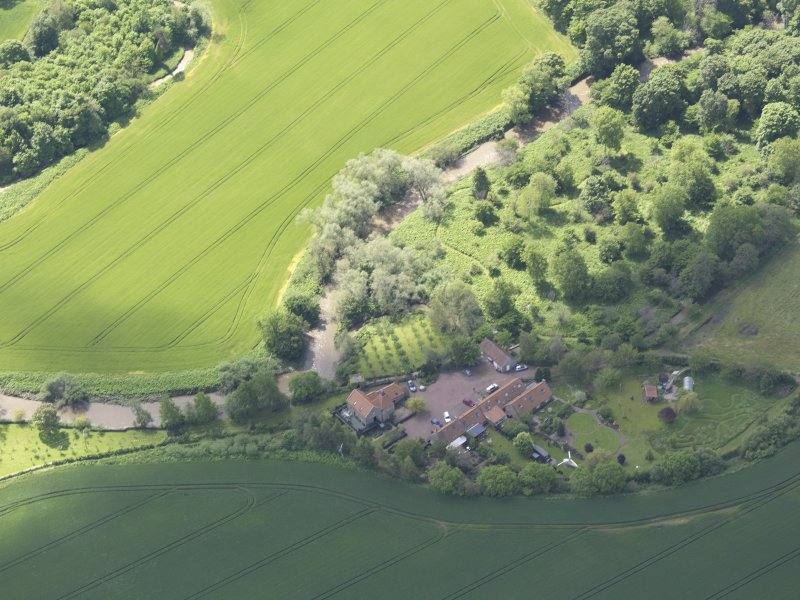 Oblique aerial view of Sandy's Mill, taken from theNNE.