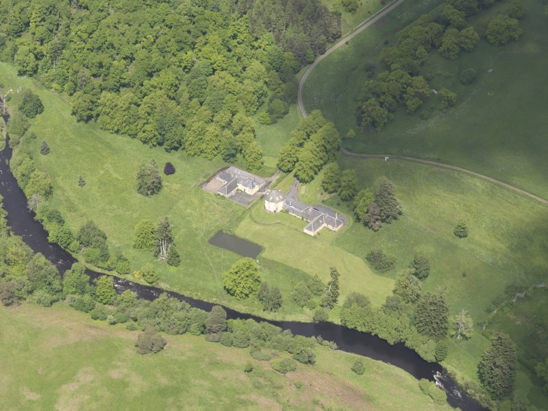 Oblique aerial view of The Retreat Estate, taken from the SW.
