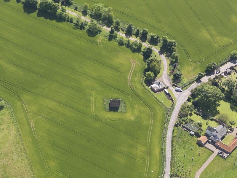 Oblique aerial view of Spott House Dovecot, taken from the N.