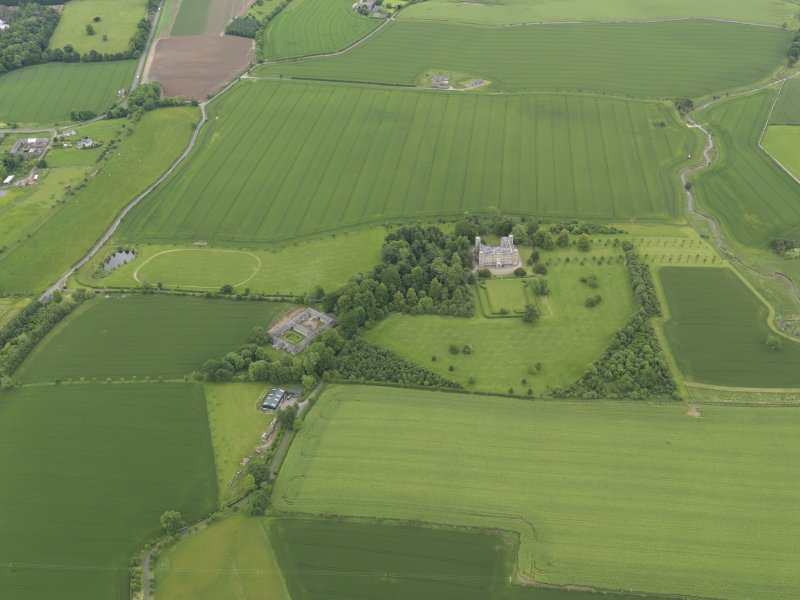 General oblique aerial view of Wedderburn Castle, taken from the SW.