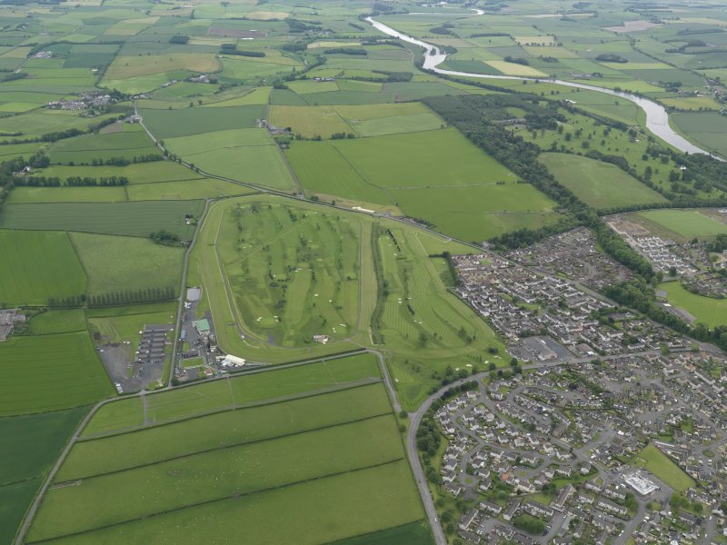 Oblique aerial view of Kelso Race Course and Golf Course, taken from the SW.