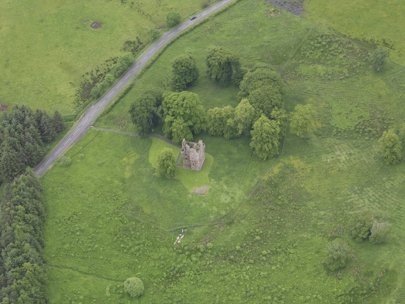 Oblique aerial view of Greenknowe Tower, taken from the ENE.