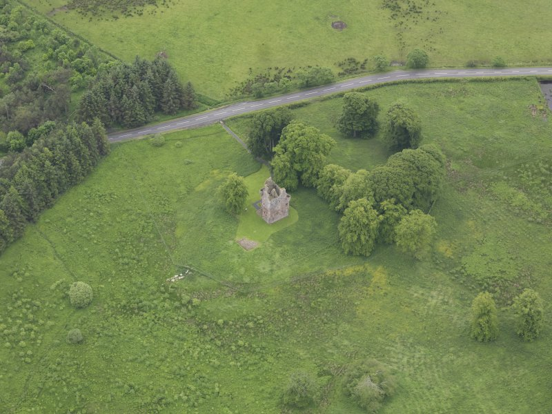 Oblique aerial view of Greenknowe Tower, taken from the NNE.
