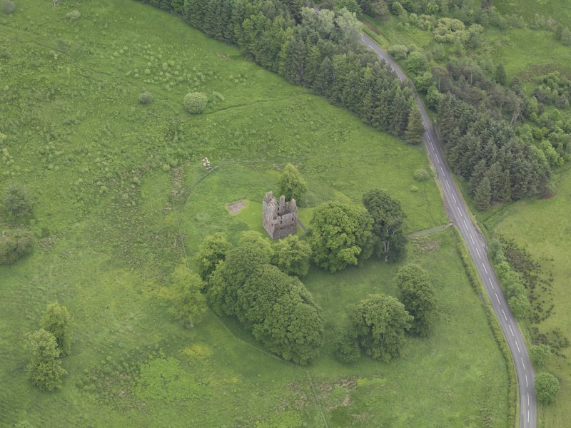 Oblique aerial view of Greenknowe Tower, taken from the WNW.