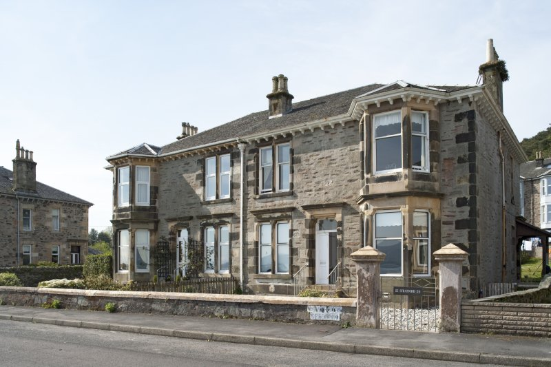 General view of 21, 22, 23 and 24 Pointhouse Crescent, Port Bannatyne, Bute, from N