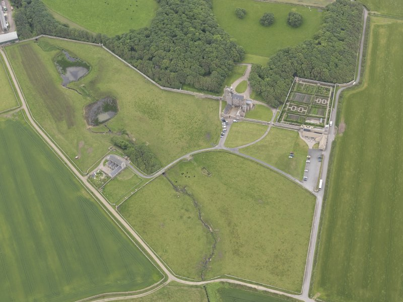 Oblique aerial view centred on Castle of Mey, looking SSE.