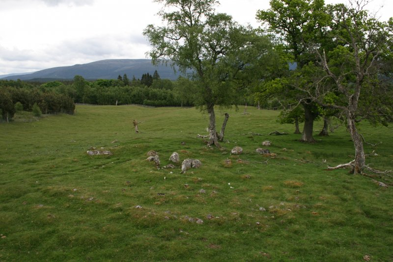 View of chambered cairn from NW (taken from roof of landrover).