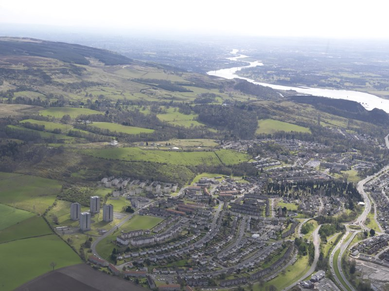 General oblique aerial view of Dumbarton, looking S.