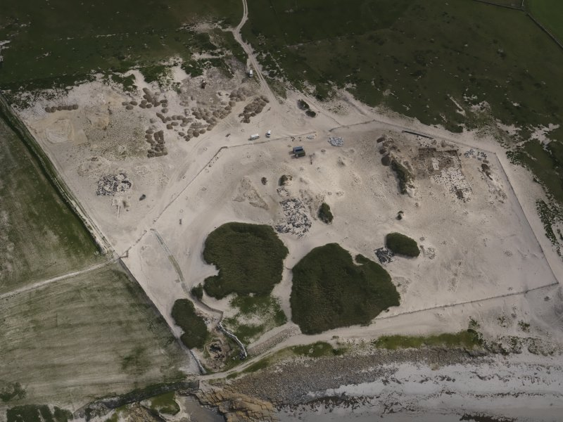 Oblique aerial view of the Links of Noltland excavation area, looking S.