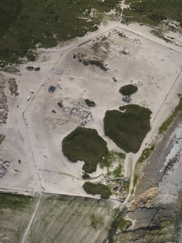 Oblique aerial view of the Links of Noltland excavation area, looking SW.