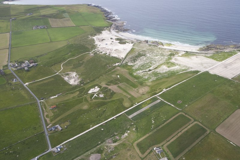 General oblique aerial view centred on the Links of Noltland, looking NW.