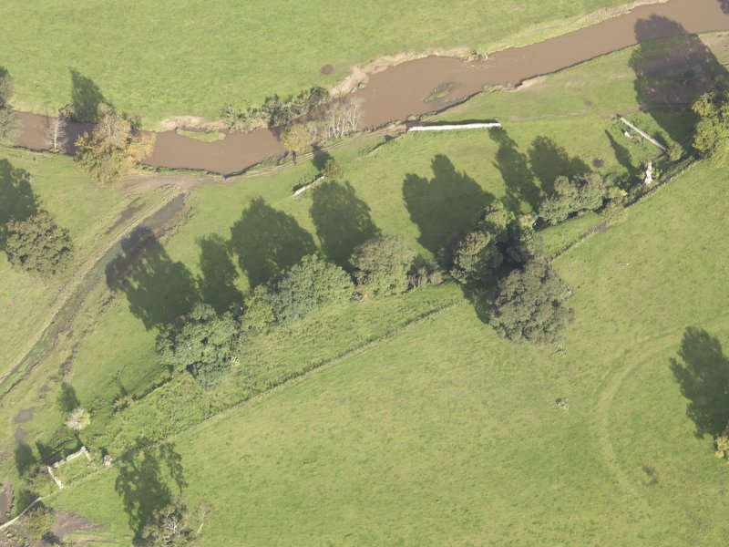 General oblique aerial view of Herdmanston West Gate, looking to the N.