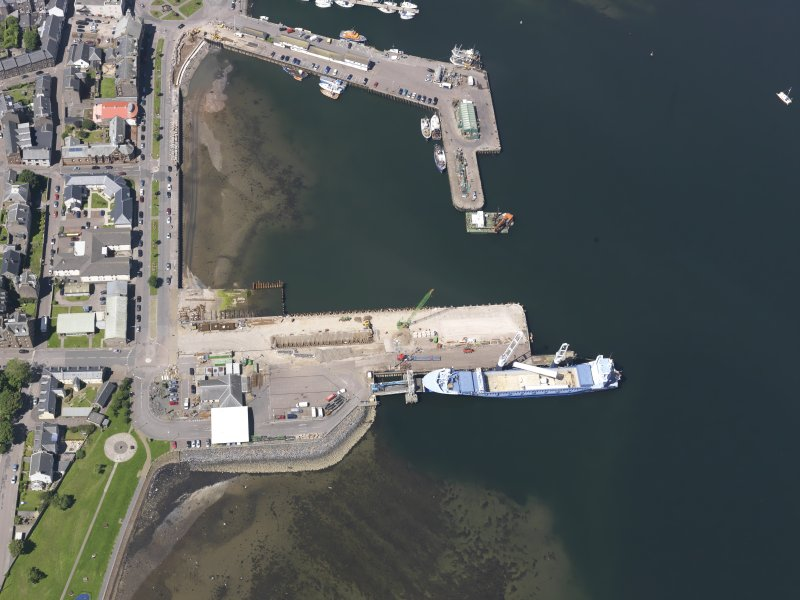 Oblique aerial view of Campbeltown Harbour, looking NW.