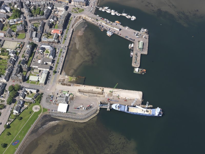 Oblique aerial view of Campbeltown Harbour, looking NNW.
