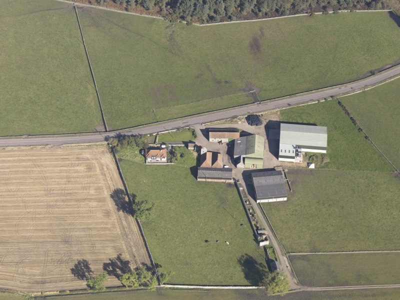 Oblique aerial view of Bordie Farm Tower, taken from the SSW.