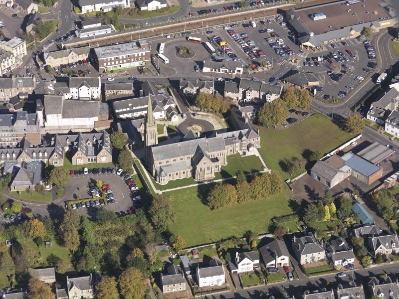 Oblique aerial view of St Mary's Roman Catholic Church Lanark, taken from the SW.