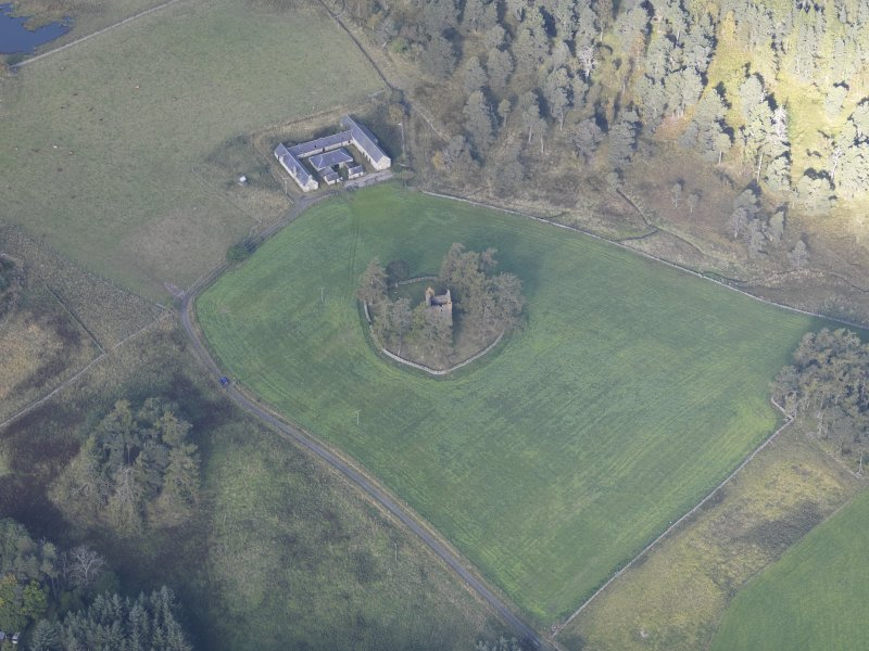 Oblique aerial view of Knock Castle, taken from the SE.