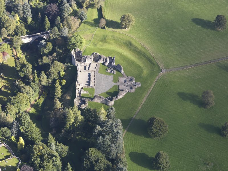 Oblique aerial view of Kildrummy Castle, taken from the SW.