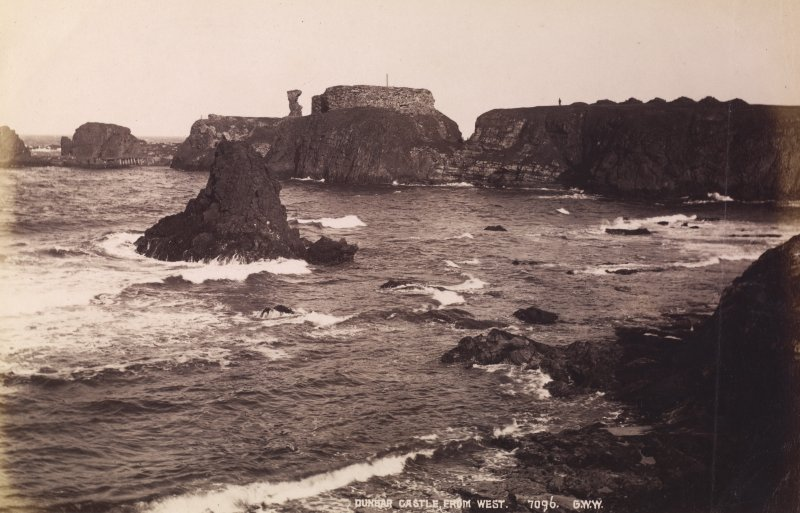 Dunbar Castle. General view from W. Titled: 'Dunbar Castle from West. 7096 G.W.W. PHOTOGRAPH ALBUM NO. 195: PHOTOGRAPHS BY G W WILSON.