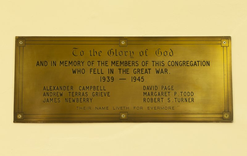 Interior. Detail of memorial plaque to members of the congregatiopn who fell in the Great War