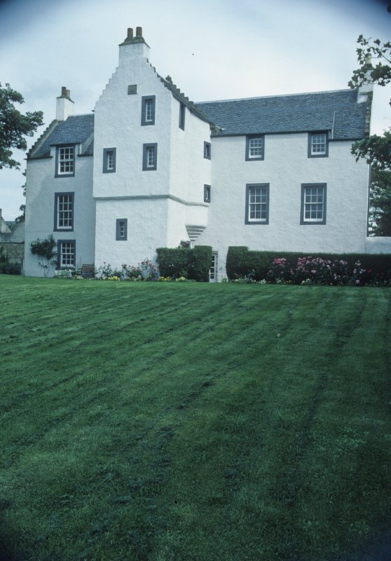 The old manse in Anstruther Easter, built by the minister, James Melville, in 1590. Melville received the Spanish survivors when they landed at Anstruther on 6 December 1588 and recorded the event in detail in his celebrated Diary.